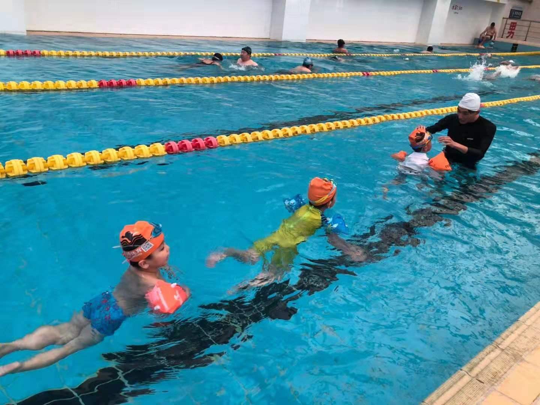 杭州小孩游泳培訓