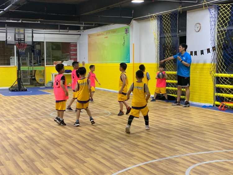 樂黎籃球夏令營